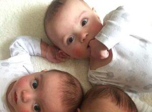 Молода мама народила трійнят. Але її чекав справжній шок, коли вона роздивилась їх обличчя!