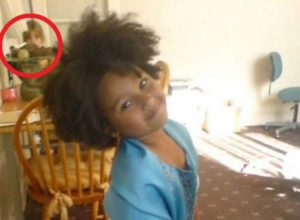 Як таке може бути? Жінка сфотографувала свою дочку за три роки до її народження!