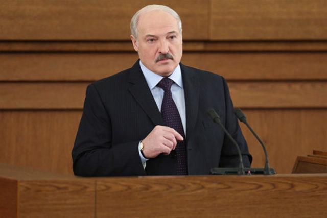 Лукашенко назвал Путина петухом: видео набирает популярность