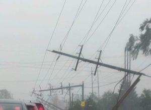 Кінець світу настає: страшний торнадо знищує Канаду, з'явилися фото наслідків