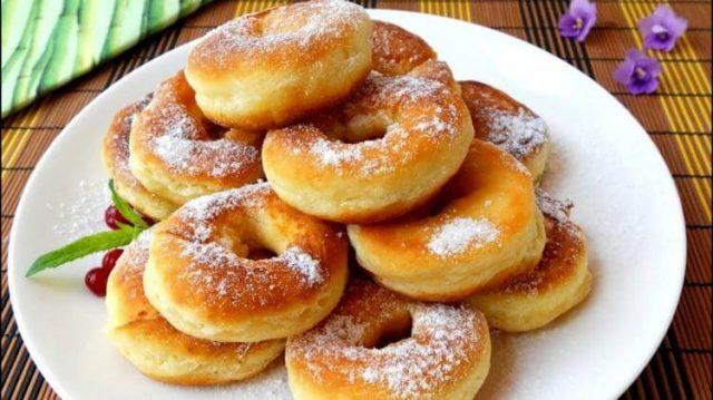 Кефірні пончики за 5 хвилин. Діти і чоловік просять їх кожного ранку!