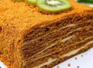 Улюблений медовик незвичайним способом! За 30 хвилин у вас на столі буде надзвичайно смачний тортик!