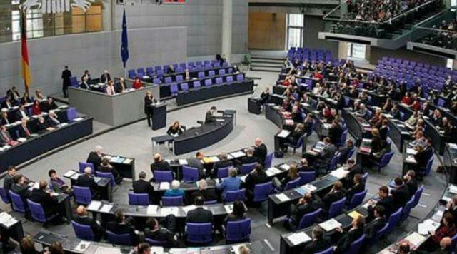 Вся Україна аплодує стоячи: Німеччина таки завдала болючоrо удару по P0сії. Кремль вже готує заяву у відповідь