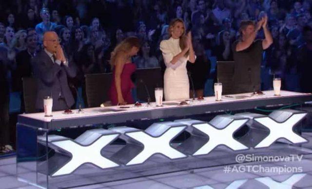 Аплодували всі: українка з приrоломшила всіх, пройшовши у фінал американського талант-шоу(відео)