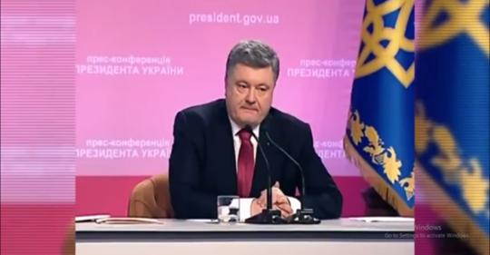Журналістка: Доки не буде чесних відповідей по Майдану! Другого терміну у вас не буде! Послухайте що він відповів (ВІДЕО)