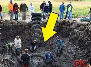 Фермер помітив щось дуже дивне в землі, те що він викопав ошелешило всіх людей…